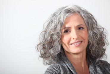 grijs haar houden of verven