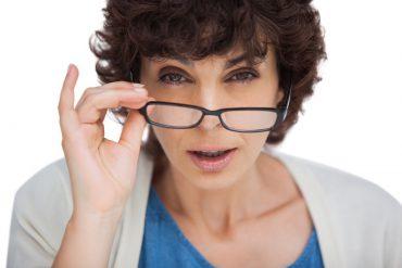Zijn goedkope leesbrillen slecht voor je ogen?