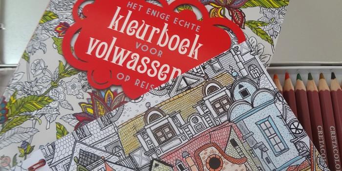 Kleurplaten Voor Volwassenen Op Reis.Kleurboek Voor Volwassenen Op Reis Plusrubriek Nl