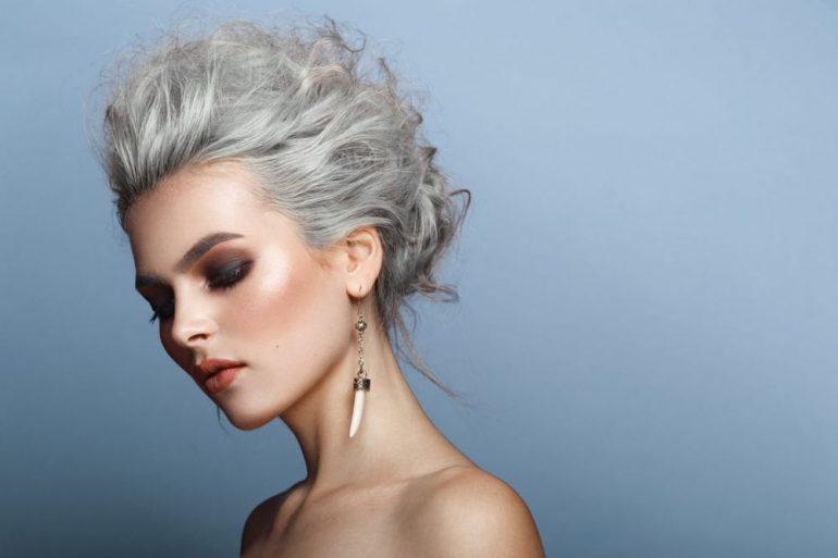 7 Oorzaken waardoor je haar dunner wordt